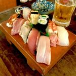 二号線 - *寿司盛り(上)(¥1,000) ※OPEN〜19:00はタイムサービスで¥600