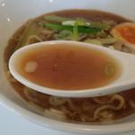 中華そば わたなべ - スープ
