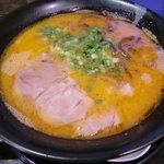 麺や 小鉄 - ピリ辛ラーメン600円