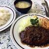 煉瓦亭 - 料理写真:「ハンバーグ」「ライス」「みそ汁」で780円也。税込。
