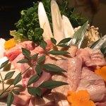 地鶏と完全個室 伊蔵 - 黒さつま地鶏の鍋