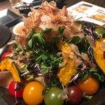 地鶏と完全個室 伊蔵 - 和風サラダ