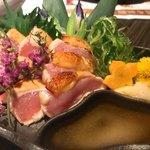 地鶏と完全個室 伊蔵 - 鶏胸肉のたたき