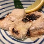 魚可津 - フグの白子焼