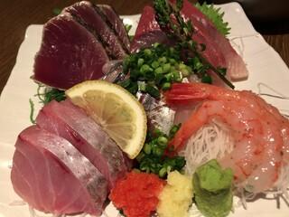 魚可津 - おまかせ刺身盛り合わせ