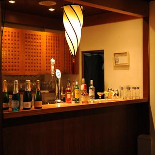 厳選ワインにオリジナルカクテル…★豊富なお酒をラインナップ!