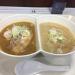 本家 麺蔵 - 料理写真:味比べ味噌ラーメン1188円