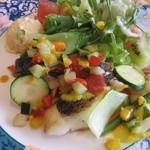 ぎんぎん - お魚2種のポアレサラダ仕立て