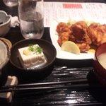 餃子鍋 A-chan 北新地 - あーちゃん名物 鶏の唐揚げ定食!