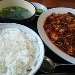85050192 - 麻婆豆腐定食。