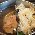 しゃぶ葉 - 三元豚【バラ】しゃぶしゃぶ食べ放題
