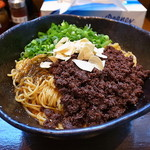汁なし担々麺 階杉 - 汁なし坦坦麺2玉3辛タレ半分+麺増し1玉+ガーリックチップ