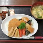 きのもと食堂 - 料理写真:のり弁当 500円