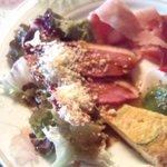 8507098 - 皿いっぱいの美味しい前菜