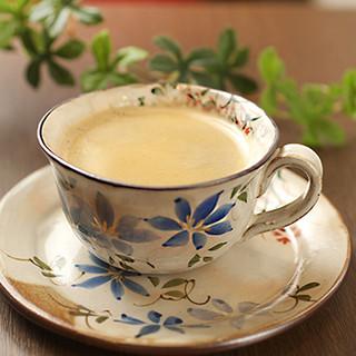 使い心地もデザインもほっこりする清水焼のコーヒーカップ