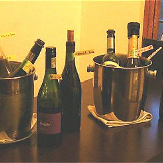 ワインも豊富に取り揃えております♪