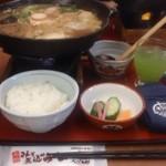 ばんどう太郎 - 坂東味噌煮込みうどん+ごはんセット