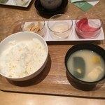 京漬物味わい処 西利 - ご飯と味噌汁は、入れ替えました。