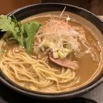 西天満 麺乃家 - ストレート中細麺