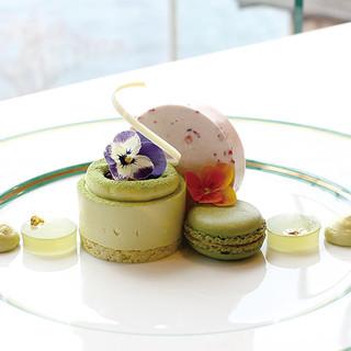 サロン・ド・テ ロザージュ - 料理写真:新緑 -ピスタチオと抹茶-