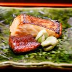 喰善 あべ - 桜鱒とそら豆