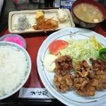 85095895 - 鳥の唐揚げ定食 (980円)