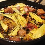 85099429 - 角煮と熟成芋のチリージョ