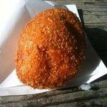 石窯パン工房fournier - 人気のカレーパン
