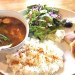 桃月園皐月家 香麦荘 - 料理写真:スープカレーセット(大盛)¥1290