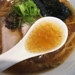 Japanese Soba Noodles 蔦 - 更に華やかになったスープ