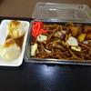 大日茶屋 - 料理写真:あしかがしゅうまいとポテト入り焼きそば