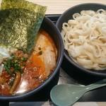 トーキョーエアポートレストラン - ピリ辛ゴマダレつけ麺。