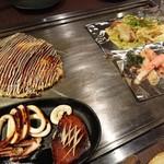85113703 - 豚玉、山芋マヨ明太焼き、ネギ塩ホルモン、スルメイカの姿焼き