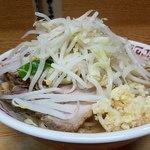 85116634 - 小ラーメン 野菜・ニンニク