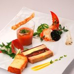 箱根ハイランドホテル ラ・フォーレ - いろいろな味わいの繊細なオードヴルも人気の秘密です。