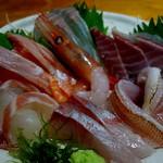 魚や はらとく - 本日のお刺身、新鮮でした。