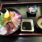 華 - 海鮮丼=1000円 税込