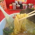 ラーメン山岡家 - 醤油ラーメン、太麺