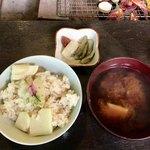 竹仙郷 - 筍ご飯&筍のお味噌汁&香の物