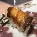 第三春美鮨 - 穴子 160g 活〆 筒漁 韓国釜山