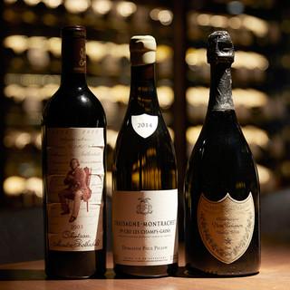 400本収納、福岡最大級のワインセラーを完備。