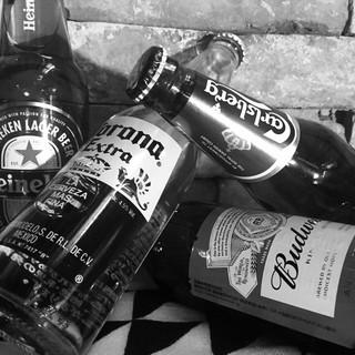 ウイスキー14種・海外ビール付飲放!