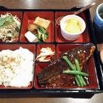 旬処味空間 - (ランチ)鯖の味噌煮