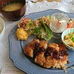 ここぶらん - 料理写真:ココランチ(揚げ鶏のネギソース)