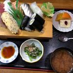 駒 - 料理写真:寿司ランチ
