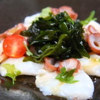 新鮮な魚介料理もお届します!