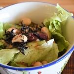 韻彩 - チキンカレー(サラダ)
