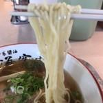 らー麺専科 海空土 - 【2018.4.28】多加水ストレート細麺。