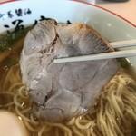 らー麺専科 海空土 - 【2018.4.28】柔らかな仕上がりの豚肩チャーシュー。
