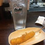 大衆酒場 したぢ屋 - チーズフライ串(100円)